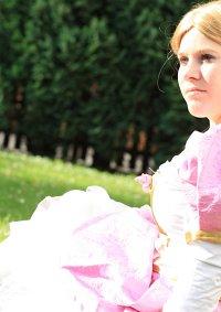 Cosplay-Cover: Genevieve (Barbie 12 tanzende Prinzessinen)