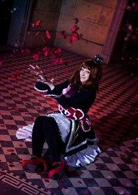 Cosplay-Cover: Maria Ushiromiya (witch)