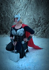 Cosplay-Cover: Lady Thor (Dark World inspired)