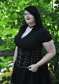 Cosplay-Cover: Goth in the Woods