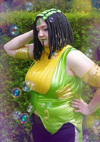 Cosplay-Cover: Ermes Costello