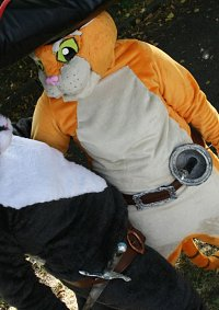 Cosplay-Cover: Der gestiefelte Kater