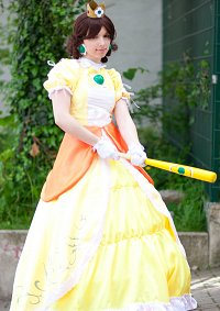 Cosplay-Cover: Princess Daisy [Super Smash Bros. Brawl]