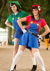 Cosplay-Cover: Luigi Mario (Gender Bender)