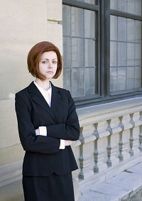 Cosplay-Cover: Agent Dana Scully