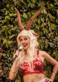 Cosplay-Cover: Gazelle (Zoomania)