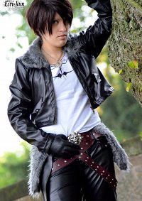 Cosplay-Cover: Squall Leonhart Dissidia 012