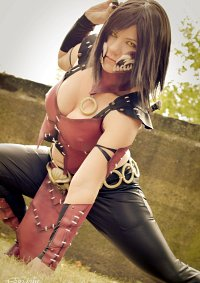 Cosplay-Cover: Mileena (MKX)