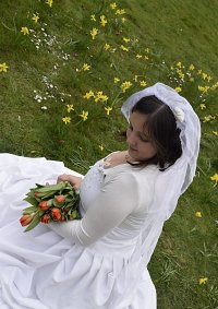 Cosplay-Cover: Sakura Honda (Hochzeitskleid)