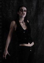 Cosplay-Cover: Black Vampire (Hungarian version)