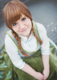 Cosplay-Cover: Anna von Arendelle [Summer Version]