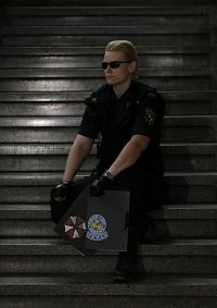 Cosplay-Cover: Albert Wesker S.T.A.R.S Version