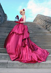 Cosplay-Cover: Historia Reiss [Red Dress Artwork]