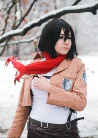 Cosplay-Cover: Mikasa Ackerman [Scouting Legion]