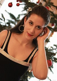 Cosplay-Cover: Molly Hooper [Christmas] (BBC)