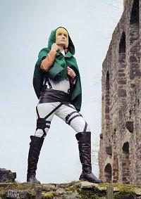Cosplay-Cover: Armin Arlert [Scouting Legion]