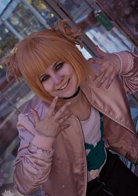 Cosplay-Cover: Himiko Toga [Fanart Version]