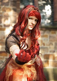 Cosplay-Cover: Naturkatastrophe Feuer