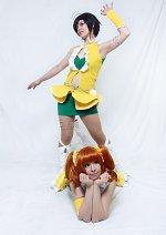 Cosplay-Cover: Makoto Kikuchi - Vital Sunflower