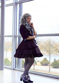 Cosplay-Cover: Oin [Dwarven Lolita]