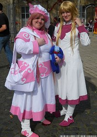 Cosplay-Cover: Hanato Kobato [Clamp in 3D Land)