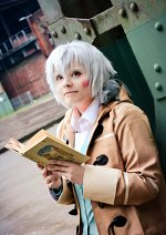 Cosplay-Cover: Shion • White hair