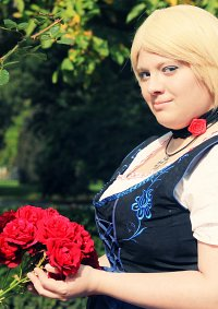 Cosplay-Cover: Monika Beilschmid (Nyo Germany) [Dirndl]