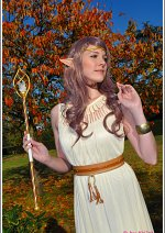 Cosplay-Cover: Ivriniel (Kristallelfe)