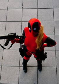 Cosplay-Cover: Wanda Wilson/ Lady Deadpool