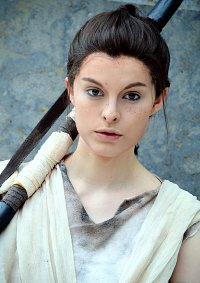 Cosplay-Cover: Rey ☆ [the garbage will do]