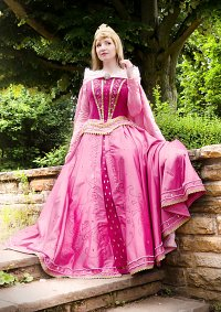 Cosplay-Cover: Aurora [Jewel Dress]
