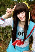 Cosplay-Cover: Haruhi Suzumiya (Schuluniform)