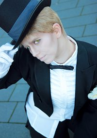 Cosplay-Cover: Sir Reiner Braun_Balloutfit(SNK)
