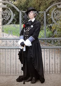Cosplay-Cover: Ciel Phantomhive - Royal Black