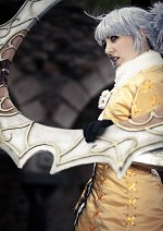 Cosplay-Cover: Tira (2P SCIII)
