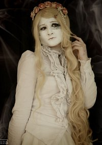 Cosplay-Cover: Broken Doll