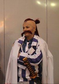 Cosplay-Cover: Vizeadmiral Momonga