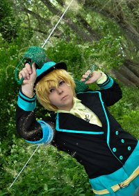 Cosplay-Cover: Yogi [Circus Combat Uniform]