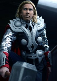 Cosplay-Cover: Thor Odinson [MCU - Avengers]