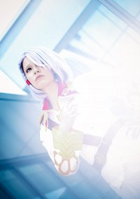 Cosplay-Cover: A-drei