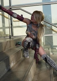 Cosplay-Cover: Nina Williams (Death by Degrees)