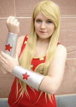 Cosplay-Cover: Cassie / Wonder Girl