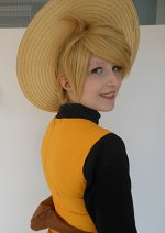 Cosplay-Cover: Yellow