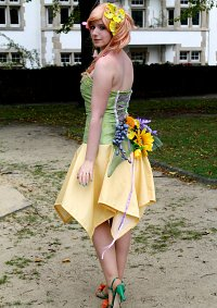 Cosplay-Cover: Flora