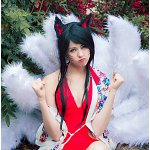 Cosplay: Ahri [Pool Party]