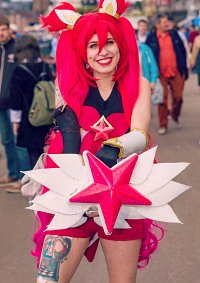 Cosplay-Cover: Starguardian Jinx
