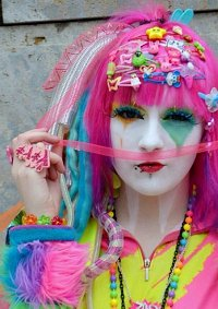 Cosplay-Cover: Rainbow Shironuri