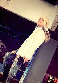 Cosplay-Cover: Aya Brea -White Eider-