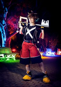 Cosplay-Cover: Sora [KH - Dream Drop Distance]