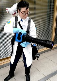 Cosplay-Cover: Medic (blaues Team)